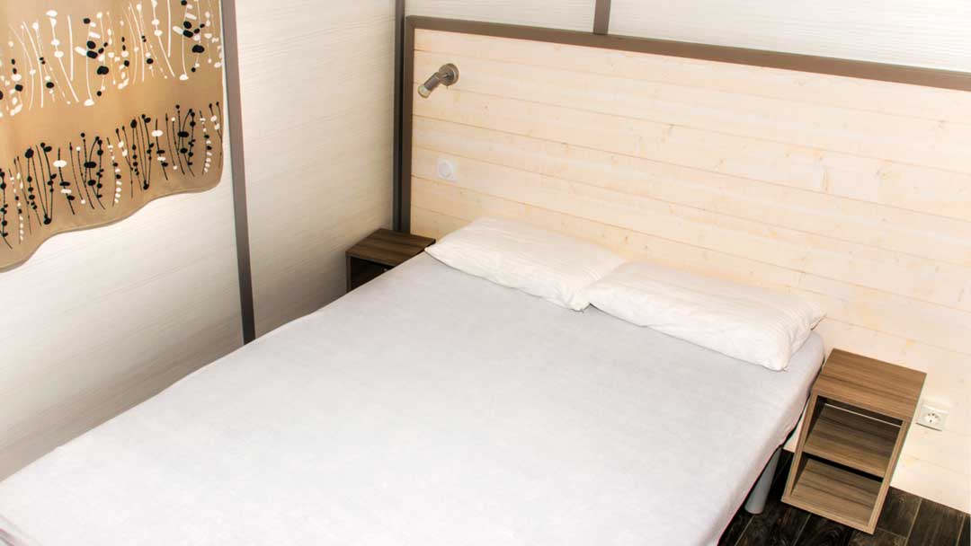 bungalou-barbados-dormitori-matrimoni