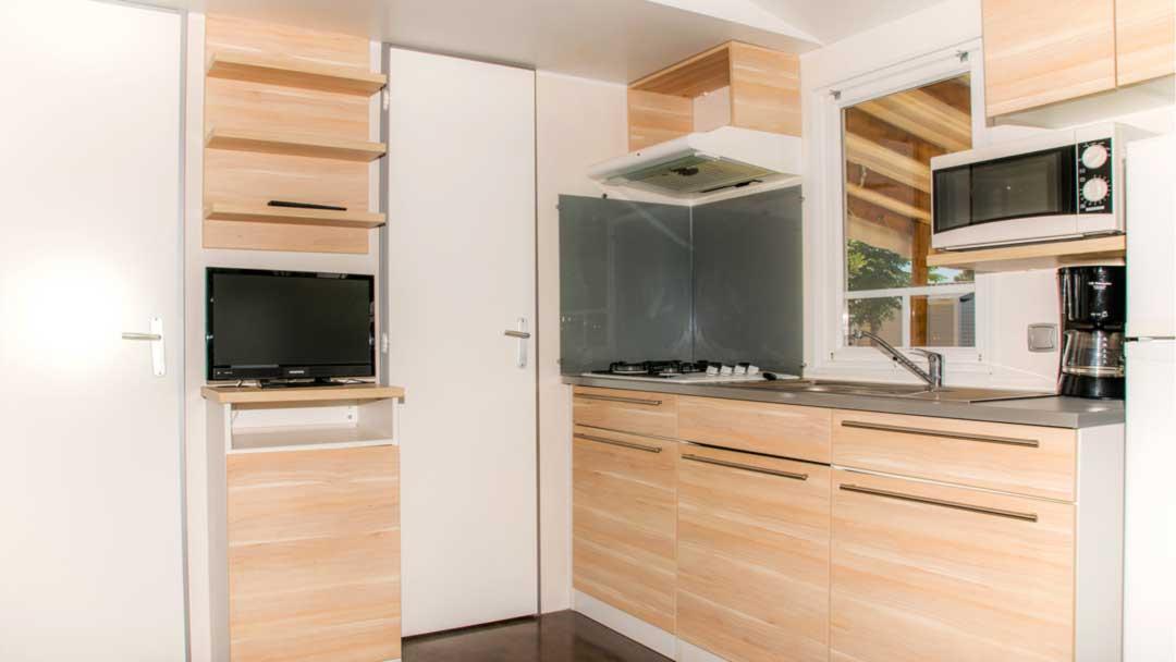 bungalow-alabama-cuina-menjador