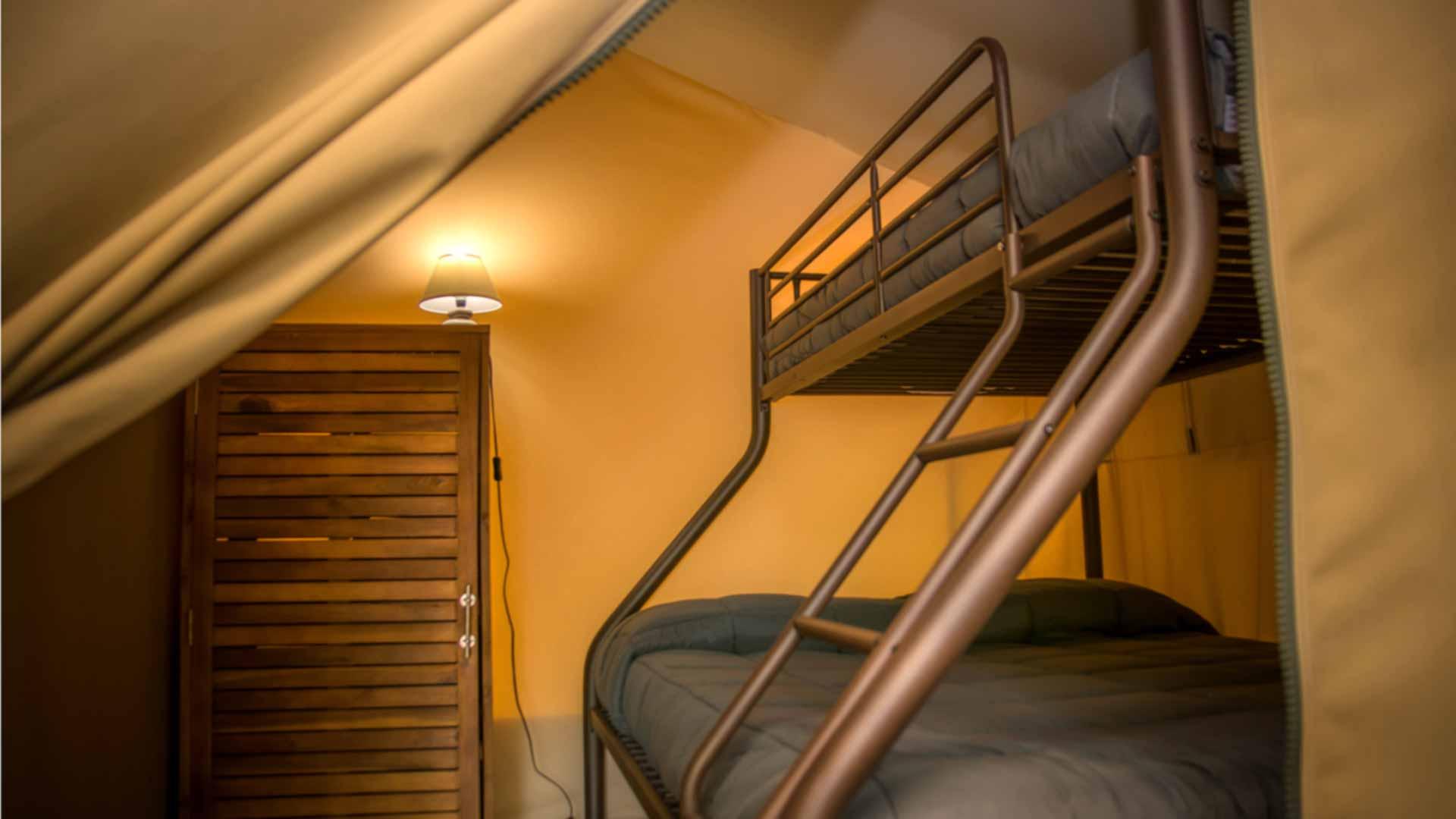 tendes-kenya-dormitori-llitera