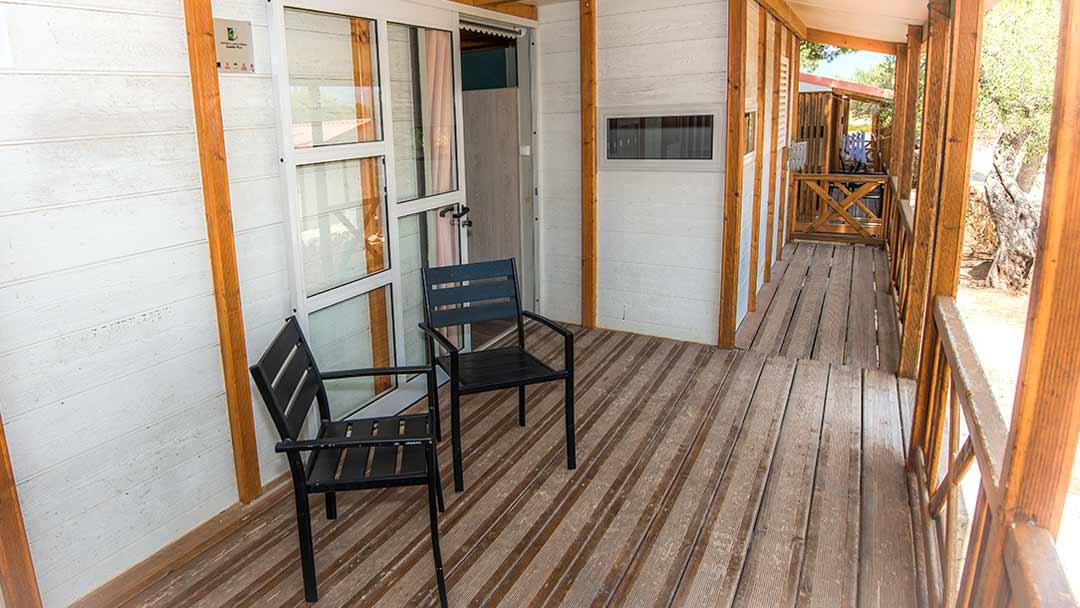 bungalo-bahamas-porche