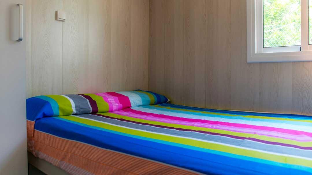 bungalo-colorado-dormitorio-matrimonio