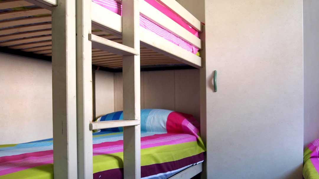 bungalo-hawaii-dormitorio-litera
