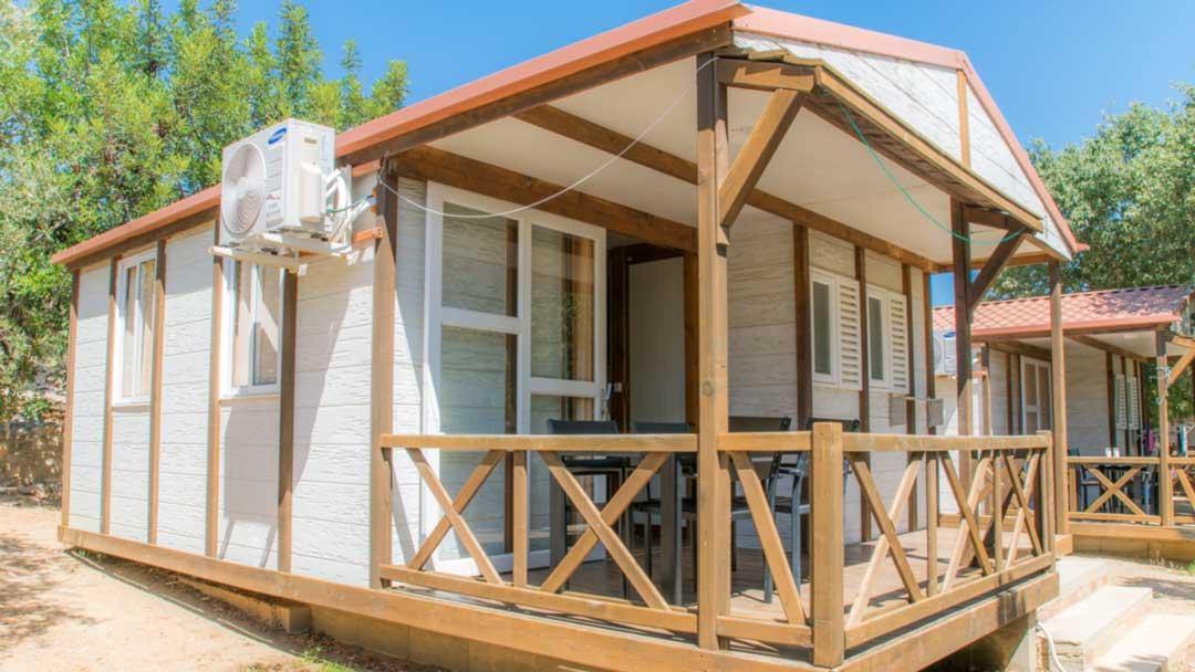 bungalo-hawaii-exterior